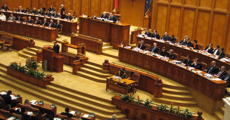Neconstituționalitatea Legii Partidelor – Amicus Curiae